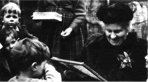 discoveries of child made by dr maria montessori Maria montessori: a little history light years ahead of her time, maria montessori developed a theory of education that continues to thrive more than a century after she opened her first school perhaps your children attend a montessori school, or maybe you home school with inspiration from her method.
